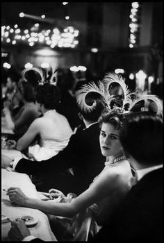 On this day in 1862, writer Edith Wharton was born. Wharton's fiction was often centered on the opulent world of New York high society. In her memory, we present a vintage gallery of New York balls and galas.  NEW YORK CITY—Waldorf-Astoria Hotel. Debutante ball, 1959.    © Henri Cartier-Bresson / Magnum Photos