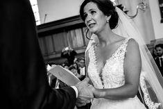 """// """"Liefdevolle trouwfotografie. Jullie verhaal gevangen in beeld om nog jaren van te genieten. #celebratelove"""" - Linda Bouritius"""