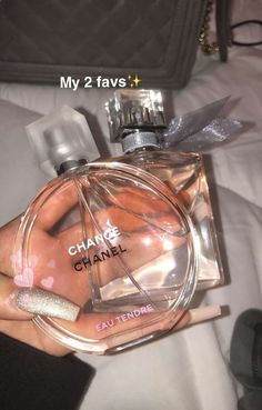 how to make perfume Beauty Care, Beauty Skin, Beauty Hacks, Chance Chanel, Perfume Scents, Best Perfume, Good Perfumes, Pink Perfume, Perfume Bottles