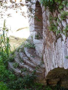 El pont de l´Abella puente de la Abeja se encuentra en el municipio de Aiguafreda la construcción… http://www.rutasconhistoria.es/loc/puente-de-la-abella
