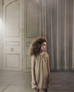 Pale_cloud_AW14_Campaign_Garbo_Dress
