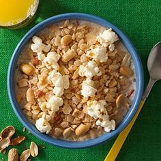 The Original Rice Krispies Treats™ Recipe Rice Krispie Treats, Rice Krispies, Spice Cookies, Cereal Cookies, Fruit Cookies, Chip Cookies, All Bran, Marshmallow Creme, Fudge Sauce