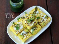 Instant dhokla in microwave Gujarati Cuisine, Gujarati Recipes, Indian Food Recipes, Gujarati Food, Jain Recipes, Microwave Recipe Indian, Veg Recipes In Microwave, Microwave Dishes, Kitchen Recipes