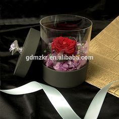 Facotry wholesale paper round fresh roses acrylic flower box with hinged lids