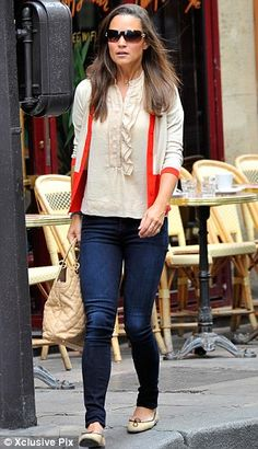 Pippa Middleton out in London Sole Pirouette beige and black ballet flats.