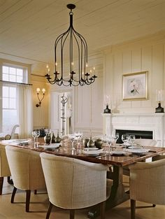 Dining Room (chandelier)