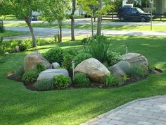 Front Lawn Design How To Plant Front Yard Landscaping Circle Driveway Landscaping, Landscaping With Rocks, Backyard Landscaping, Driveway Ideas, Backyard Ideas, Corner Landscaping, Minnesota Landscaping, Large Backyard, Cheap Landscaping Ideas