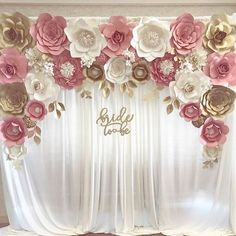 "Blush gold paper flower backdrop for engagement, bridal shower ""bride to be"" sign paper flower backdrops, paper flowers, pink and gold, baby shower flowers beautiful look real 🌸🌺🌸🌺🌹 Pink Und Gold, Rose Gold, Blush And Gold, Blush Pink, Bridal Shower Decorations, Wedding Decorations, Bridal Shower Backdrop, Decor Wedding, Bridal Shower Sign In"