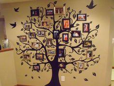 New family tree photo wall design ideas Family Tree Mural, Family Tree Picture Frames, Family Tree With Pictures, Family Tree Photo, Picture Tree, Family Wall, Family Photos, Tree Wall Painting, Tree Wall Art