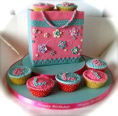 - Cupcake bag
