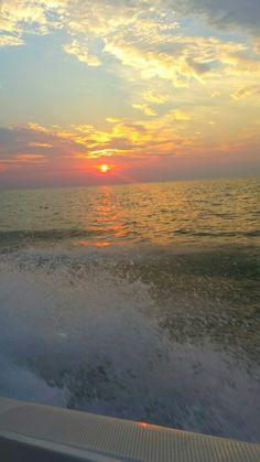 Lake Erie. Vermillion,  Ohio