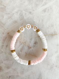 Pearl Necklace Designs, Bracelet Designs, Handmade Beaded Jewelry, Earrings Handmade, Beaded Jewelry Designs, Bracelet Crafts, Beaded Bracelets, Homemade Bracelets, Healing Crystal Jewelry