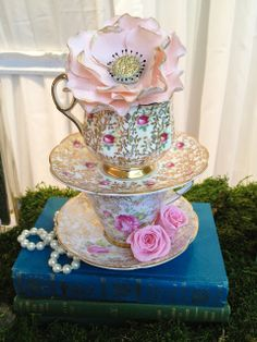 peach blush and gold antique tea cups and gilded flower cupcake by Cupcake et Macaron Montreal