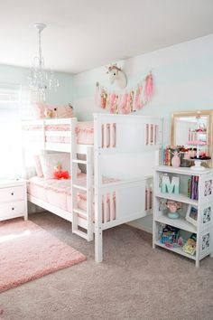 Bunk Beds For Girls Room, Bunk Bed Rooms, Big Girl Bedrooms, Shared Bedrooms, Little Girl Rooms, Bedroom Boys, Cool Rooms For Girls, Girls Pink Bedroom Ideas, Room Ideas For Girls