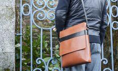 Ludena Mens Messenger Bag