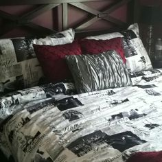Paris theme bedroom<3