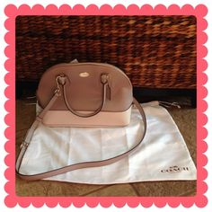 COACH Cora Dome Satchel BUNDLE & SAVE 30%   This is a bi-color crossgrain leather, zip top satchel, color is called grey birch/chalk, has fabric lining, interior zip and slip pockets, comes with an adjustable/detachable crossbody strap, handles have 4.75in drop, 12.5in(L) 9in(H) 5.5in(W) This is such a classy & sophisticated bag! Coach Bags Satchels