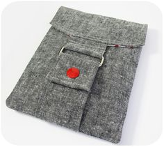essex linen pouch #3 with a rectangle ring and snap closure