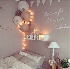 Balkanic loves… (Diy Wall Decor For Living Room) - Zimmer dekor Dream Rooms, Dream Bedroom, Home Bedroom, Bedroom Decor, Light Bedroom, Bedroom Ideas, Indie Bedroom, Bedroom Wall, Decor Room
