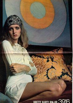 twiggy Fabulous 208 Magazine 8 November 1969 T - 60s And 70s Fashion, Seventies Fashion, Retro Fashion, Vintage Fashion, 60s Hippie Fashion, 60s Fashion Trends, Patti Hansen, Lauren Hutton, Janis Joplin