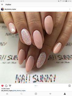 Pink manicure, manicure ideas, nail ideas, almond shape nails, happy na Elegant Nails, Classy Nails, Stylish Nails, Simple Nails, Trendy Nails, Pink Manicure, Nude Nails, Gel Nails, Manicure Ideas