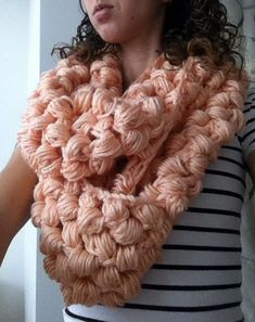 Yummy Puff Stitch Scarf  •  Free tutorial with pictures on how to knit a puff…
