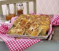 Unser beliebtes Rezept für Blitz-Butterkuchen mit Aprikosen-Konfitüre und mehr als 55.000 weitere kostenlose Rezepte auf LECKER.de.