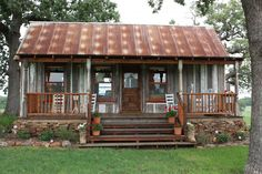 prefab cottage small homes in texas on unique ranch house plans manufactured Tiny Cabins, Tiny House Cabin, Cabins And Cottages, Tiny House Living, Cabin Homes, Tiny Homes, Log Cabins, Prefab Cabins, Prefab Cottages
