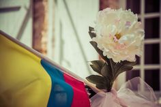 flag and flower