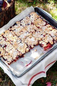 Kruchy placek ze śliwkami i kruszonką Sweet Recipes, Cake Recipes, Dessert Recipes, Easy Desserts, Delicious Desserts, Kolaci I Torte, Sweet Cakes, Homemade Cakes, Food Inspiration