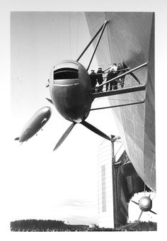 Hindenburg and Graf Zeppelin http://www.airshipcenter.com/