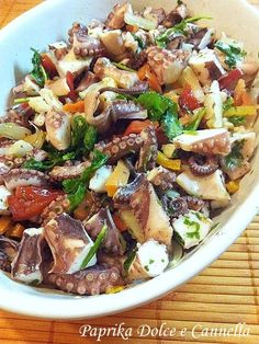 Insalata Allegra di Polpo octopus salad, wish I had that today on my table for lunch. Fish Dishes, Seafood Dishes, Seafood Recipes, Octopus Salad, Fish Salad, Antipasto, Sea Food Salad Recipes, Healthy Recipes, Italian Dishes