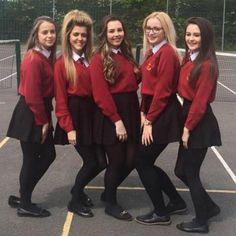 School Uniform Outfits, Cute School Uniforms, School Girl Dress, Pantyhose Lovers, Plaid Skirts, Blouse Dress, Girls Wear, Formal Wear, Girl Fashion