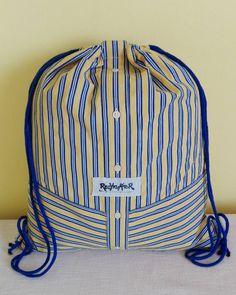 Košilový string batoh  #starakosilenemusibytodpad #shirt #shirtbag #stringbag #upcycled #upcyklace #sustainable #recyklatorzostravy #recyklator #ostrava #zerowasteczech #zerowastelife #handmade #creativity #original #batoh #batuzek #modra #zluta #modrozluta #sweden