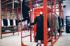 """Industrial Framing at Dover Street Market"", pinned by Ton van der Veer Market Stall Display, Market Stalls, Clothing Store Design, Clothing Racks, Dover Street Market London, Retail Concepts, Men Store, Retail Interior, Retail Shop"