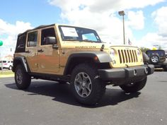 2014 Jeep Wrangler Unlimited Rubicon 4x4 - Dune Clear Coat