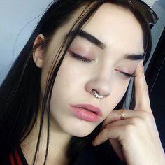 Elizabeth Jane Bishop @elizabethjanebishop YaaAawWnnNn Instagram photo | // pink eye makeup, septum piercing, gold ring