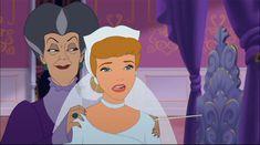Cinderella - cinderella w/ Evil Step Mother. Scary scene I guess. Walt Disney Film, Disney Movies, Disney Pixar, Disney Characters, Disney Princesses, Cinderella Movie, Cinderella Carriage, Cinderella Stepsisters, Anastasia And Drizella