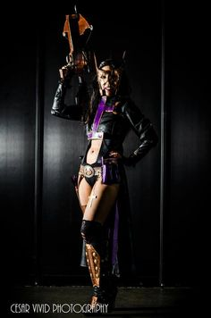 Huntress Cosplay by Drea from DC Steampunk Cosplay