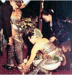 Saat pernikahan bunda Titiek n Bapak Prabowo Subianto
