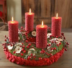 Candles red rose hips advent wreath ideas