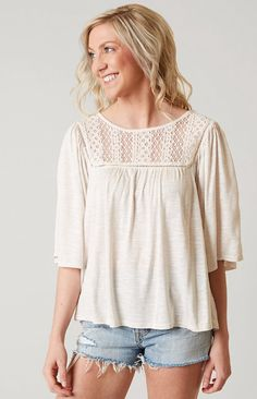 Eyeshadow Lace Top - Women's Clothing | Buckle
