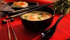 Tom yum, a fűszeres és forró thai csirkeleves | Mindmegette.hu