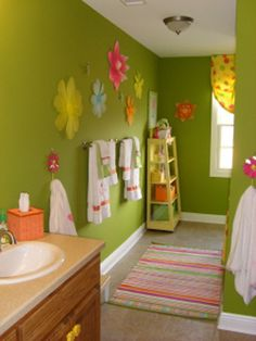 Wallpaper And Sticker In Kids Bathroom Love The Pops Of Color Decoration Ideas Flower Wall Mural For Kids Bathroom Decoration Ideas Home Designs And