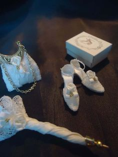 Bridal shoes parasol & purse 1/12th scale door LittleDayDreamStore