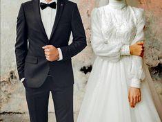 Dior Wedding Dresses, Muslim Wedding Dresses, Bridal Dresses, Muslim Couple Photography, Wedding Photography Styles, Wedding Picture Poses, Wedding Couple Photos, Muslim Wedding Photos, Muslimah Wedding Dress