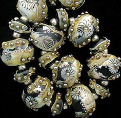 DSG Beads Handmade Organic Lampwork Glass  Custom von debbiesanders