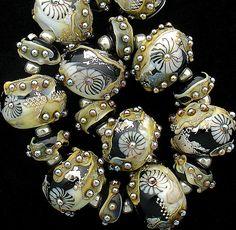 DSG Beads Handmade Organic Lampwork Glass - Opera House