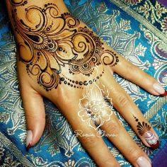 Весенняя акция,роспись зоны перчатка за донейшн,рисую то,что захочетсявремя акции ограничено,спешите успеть Надеюсь не настанут времена когда чтобы расписать чью то руку МНЕ придётся платить #хна #мехенди #henna #mehndi #ilovemylive #ilovemyjob #Липецк #мехендилипецк #город48 #романчернов #hennainspire