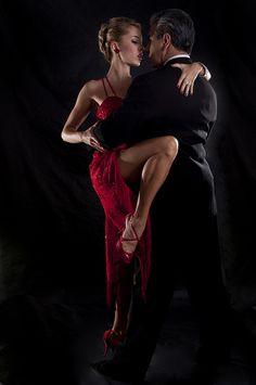 Jorge Torres & Maria Blanco - Dance World 2020 Dance Music, Dance Art, Dance Photography Poses, Dance Poses, Ballroom Dance Dresses, Ballroom Dancing, Shall We Dance, Lets Dance, Tango Dancers